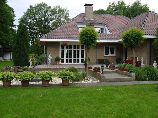 B&B Klooster (2), Coevorden (aan het Pieterpad)
