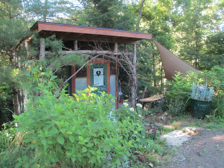 Romantic Treehouse Cottage Glamping Treehouses For Rent