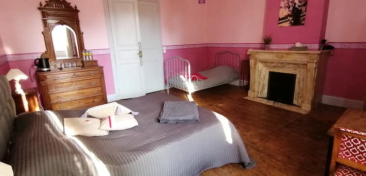 """Chambre """"Mirepoix"""" - spacieuse et agréable"""