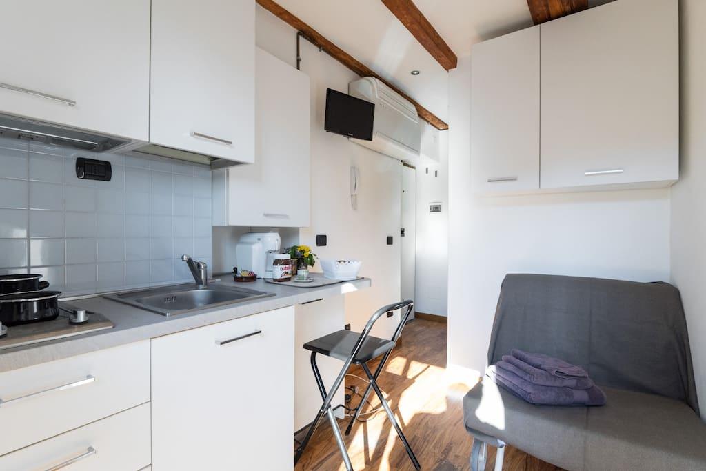 Studio per 1 sant 39 ambrogio m2 a piedi ovunque for Studio i m immobiliare milano
