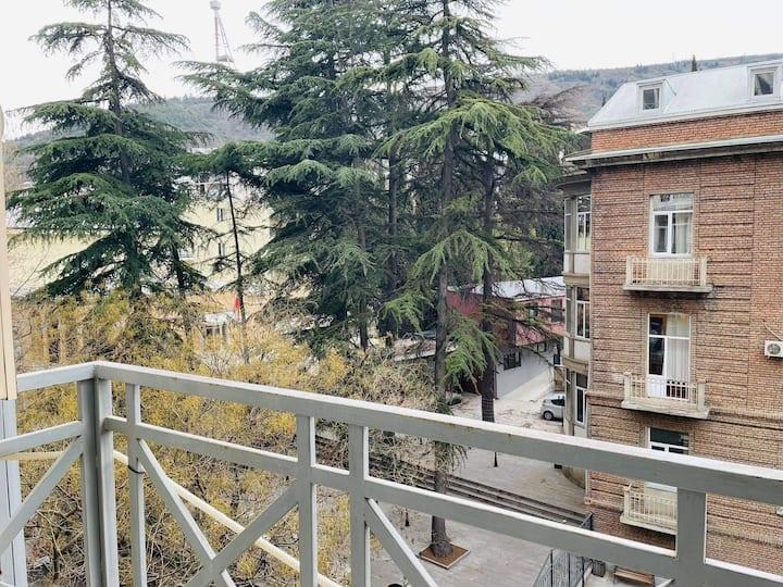 Квартира в центре города старого Тбилиси