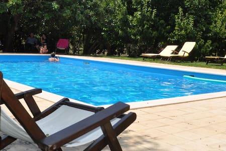 Magnifica Antica  Villa Siciliana con Piscina - Chiaramonte Gulfi