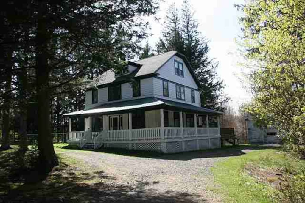 livingston manor bbw dating site Vacation rentals in livingston manor, ny vacation rentals usa north branch farm is a four-bedroom farmhouse dating from 1920 that sits on 10 peaceful acres in.