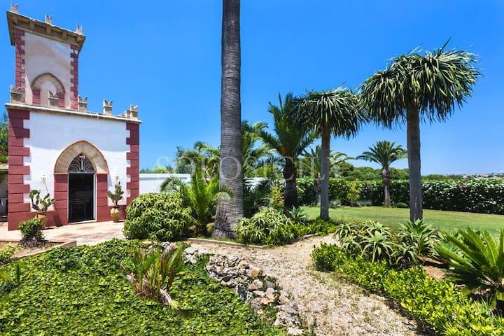 Romantic Villa for Two in Sicily