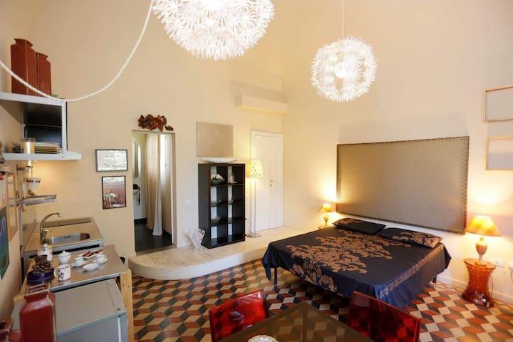 Cozy studio flat. AIR CONDITIONER