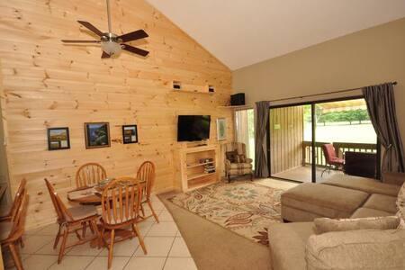 Fairway Villa #1505 - Rumbling Bald Resort - Lake Lure