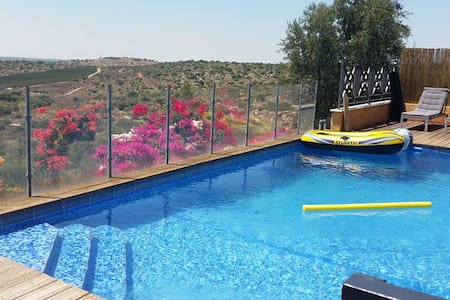 SPLENDID VILLA TOSCANE POOL PRIVACY NEAR JERUSALEM - Aderet