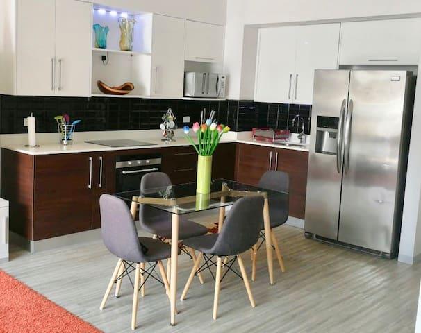 Modern 1-bedroom apt in Escalante