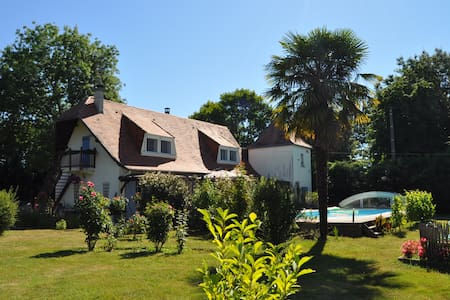Step in & relax at Le Puits des Lucques Dordogne - Ménesplet - Bed & Breakfast