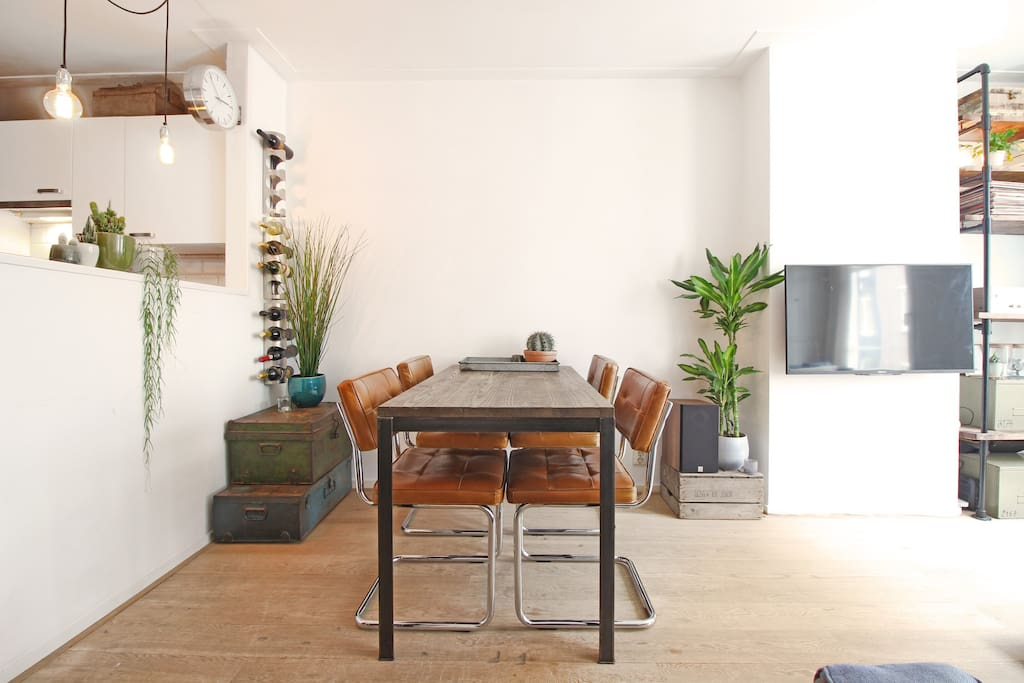 Enjoy delicious meals at this cozy dining area