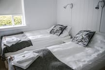 Double room twin beds