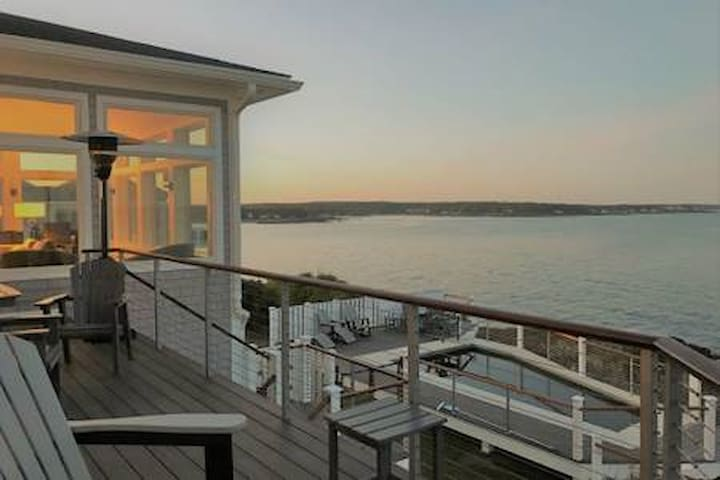 One Summer week left Luxury ocean front, with pool