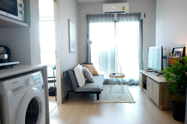 cozy apt in lumpini, central, local, shopping mall