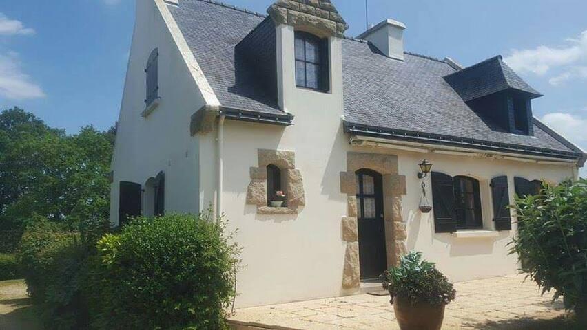 Maison bretonne à Ploeren - Ploeren - House