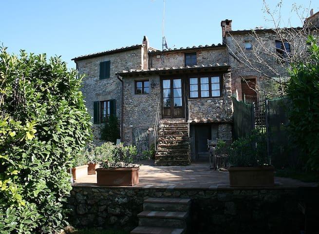 Appartamento Rosa di Castello - Castello di Tocchi - Apartment