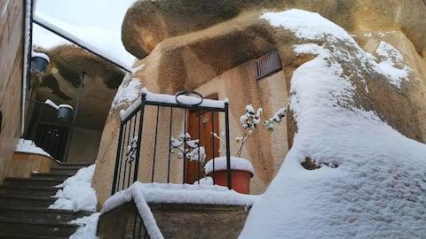 ADELYA 6  Deluxe Cave /w view (Goreme, Cappadocia)
