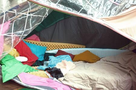 De gelukkige zak - At Kapellerput - Heeze - Tent - 2