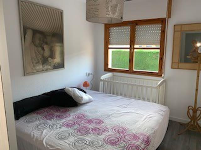 habitación principal(cama 1.80m)