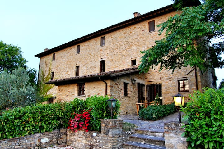 Amazing villa in the countryside of Umbria