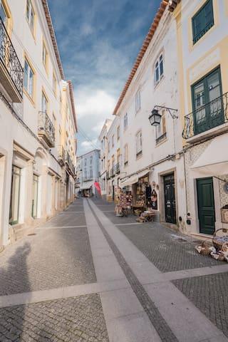 Home at Évora's Main Street