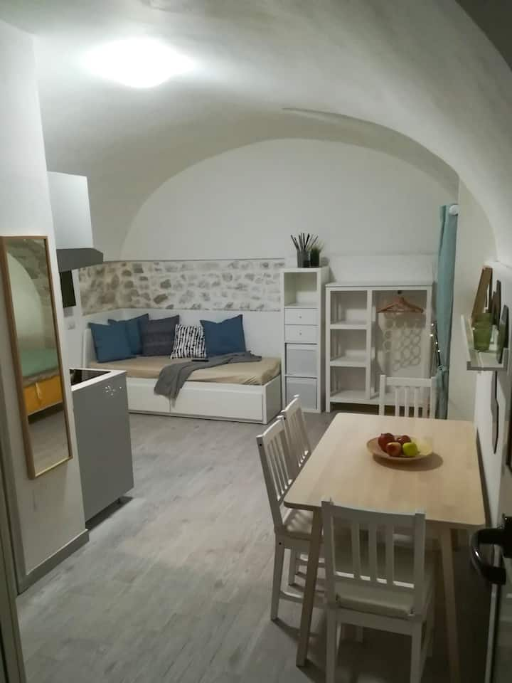 Acquasale apartment in centro