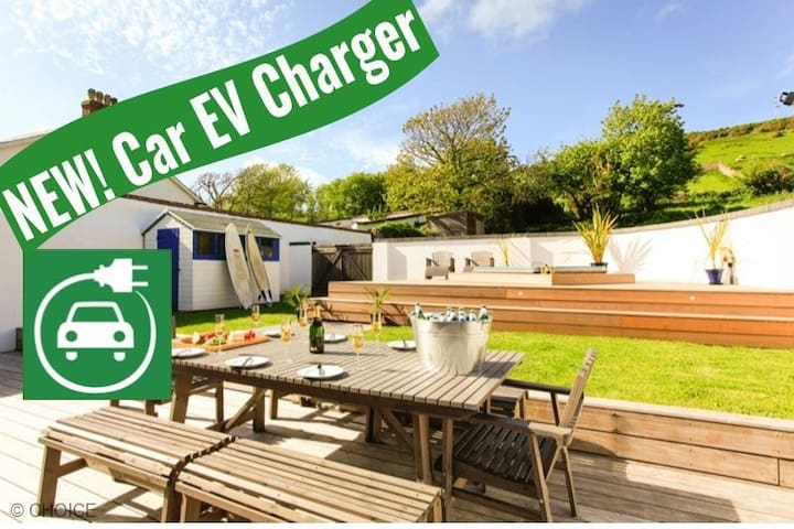CROYDE WISTERIA COTTAGE | 4 Bedrooms | Hot Tub (charges apply) | EV Charger | Sleeps 9