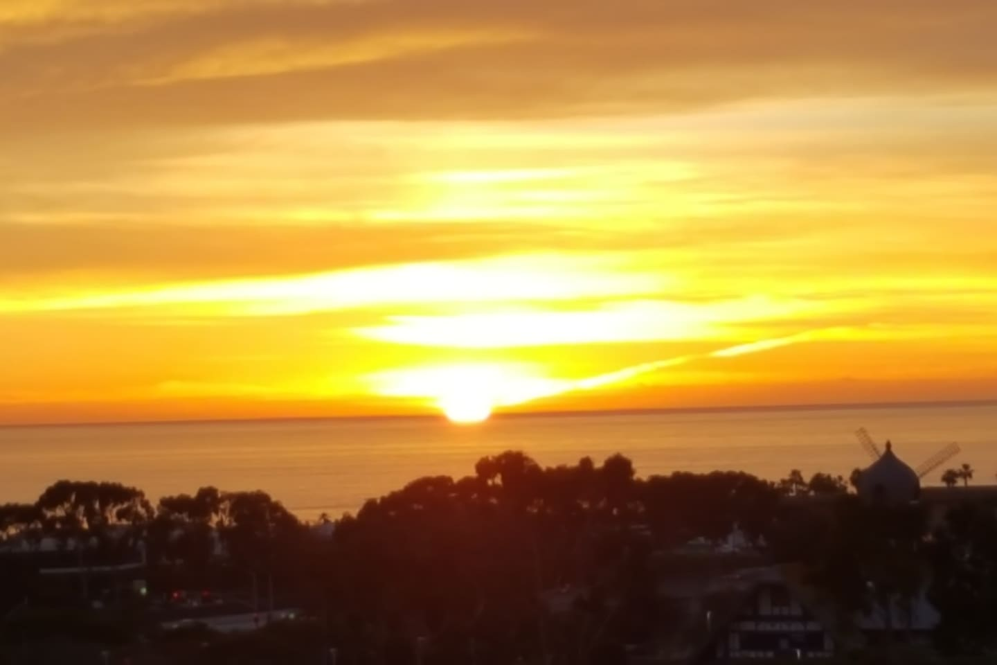 Enjoy fabulous sunsets after busy active day!  Have a glass of wine/beverage -- RELAX!