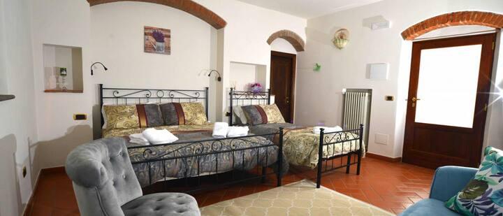 Boccaccio Room - La Valle di Anna B&B