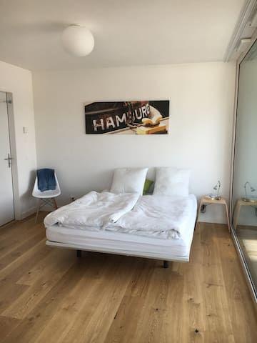 2 Room Apartment for BaselWorld 16