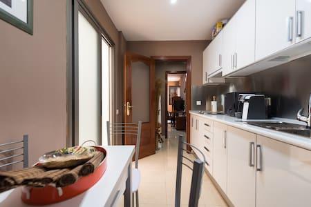 New and cozy apartment in Telde - Тельде