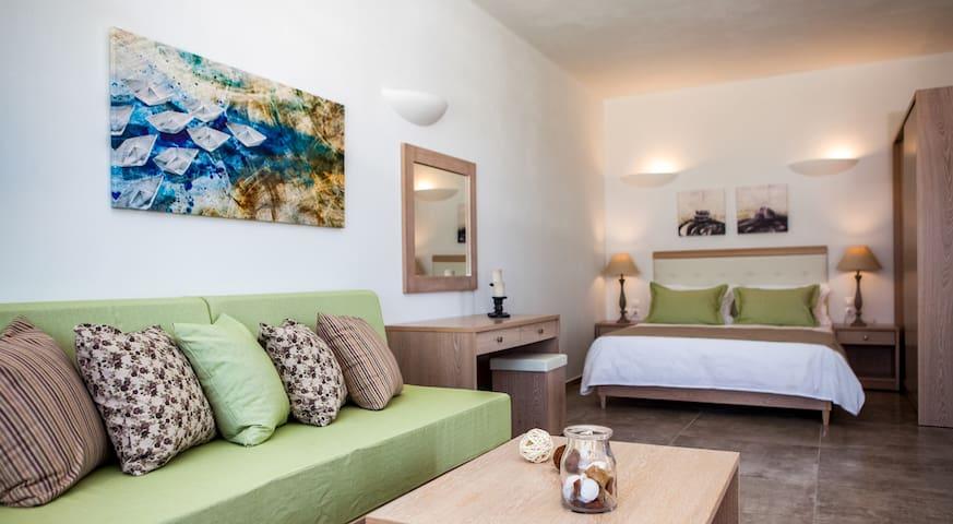 Aliter A - Santorini - Bed & Breakfast
