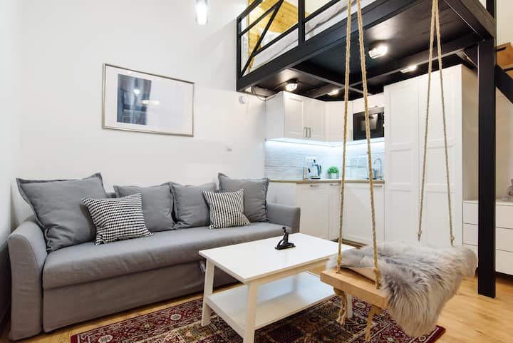 Loft with Swing ❤️ Washer | AC | Jewish district R