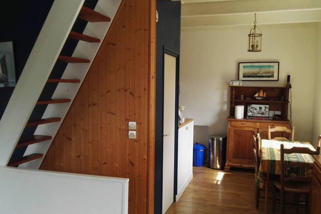 Charmante maison de p cheur atypique houses for rent in for Maison atypique 94