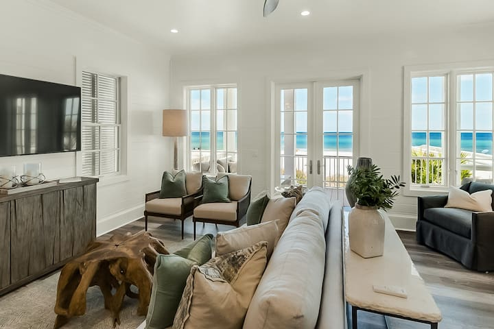 New listing! Spacious, Gulf front getaway w/ beach access, a shared pool, & more