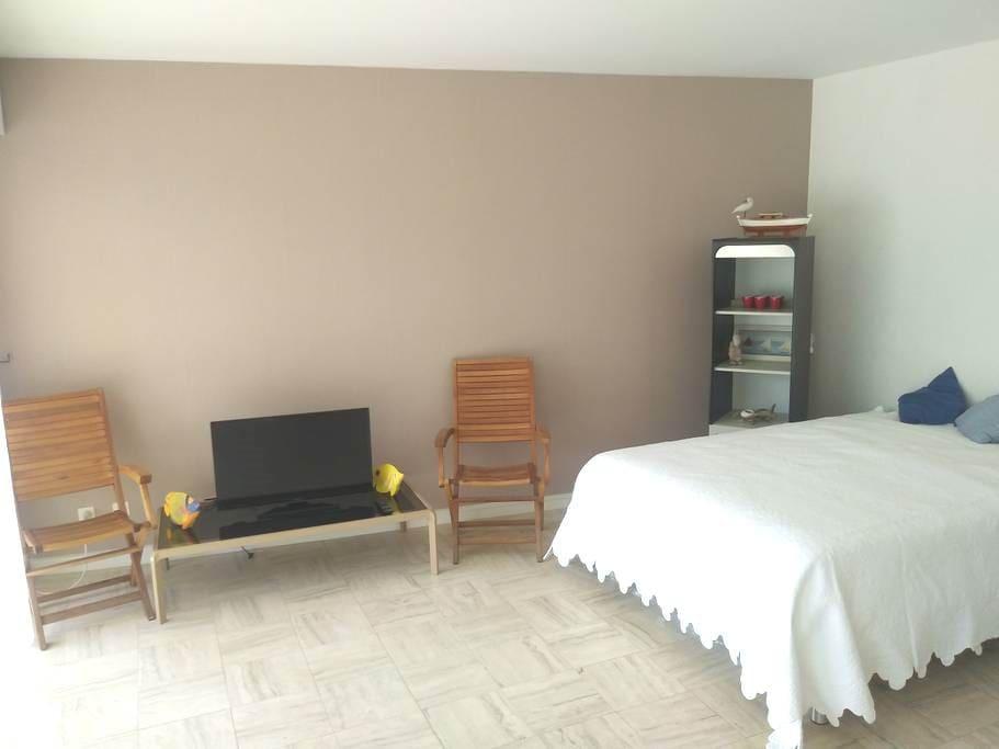 Lit neuf en 140 - confort hôtelier