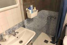 Second shared bathroom