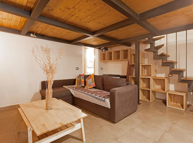 VERY NICE LOFT WITH PRIVATE SPACE OUTSIDE WIFI