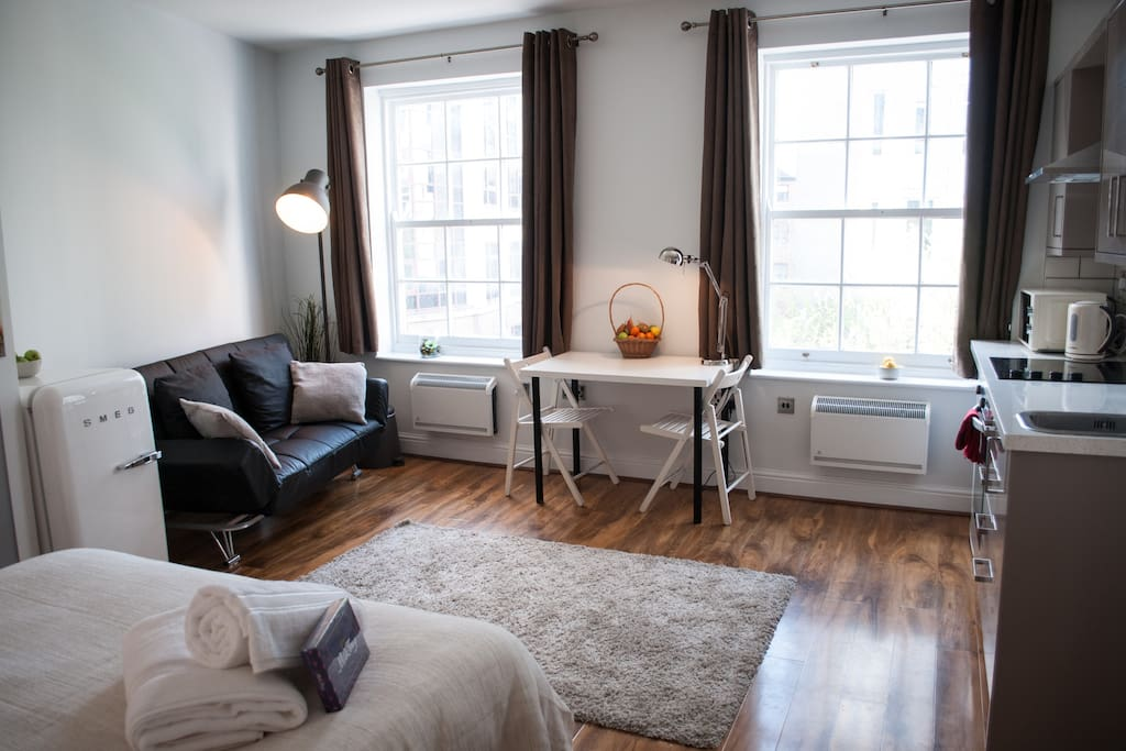 Piccadilly Garden Apartments (Suite 2)