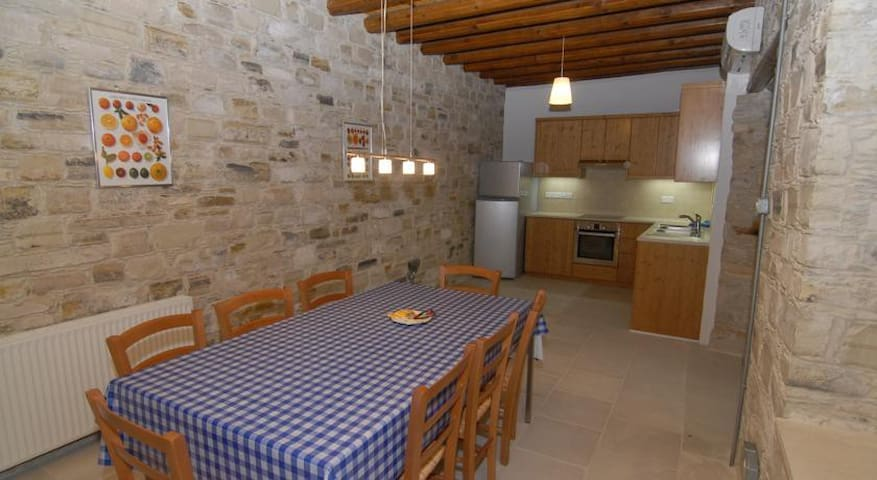 Anesi House, Skarinou - Skarinou - Apartment