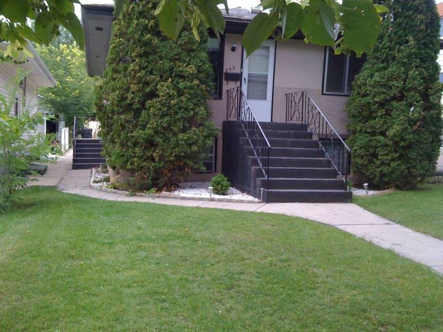 Outside View of Home 233 Ave E North, Caswell Hill