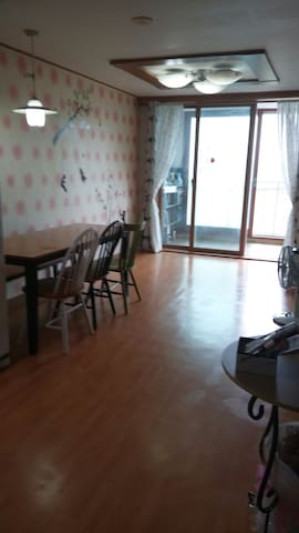 My sweet home near Eunpa park - 군산시 - Apartmen