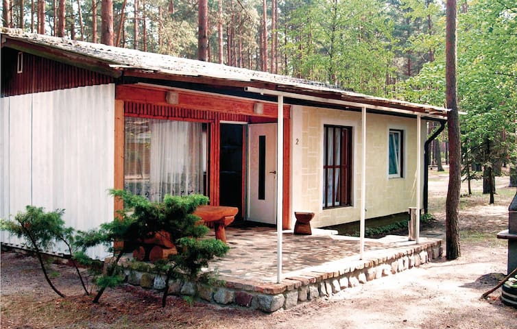 Holiday cottage with 1 bedroom on 45m² in Heidesee OT Streganz