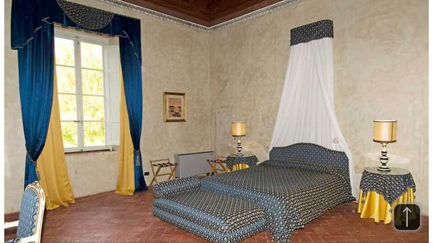 Bed & Breakfast Royal svit 5 min från Lucca