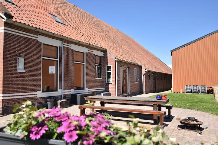 Cozy Holiday Home in Meeden with Large Garden