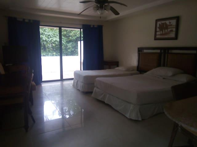 Apartelle Suite 2 Bedrom