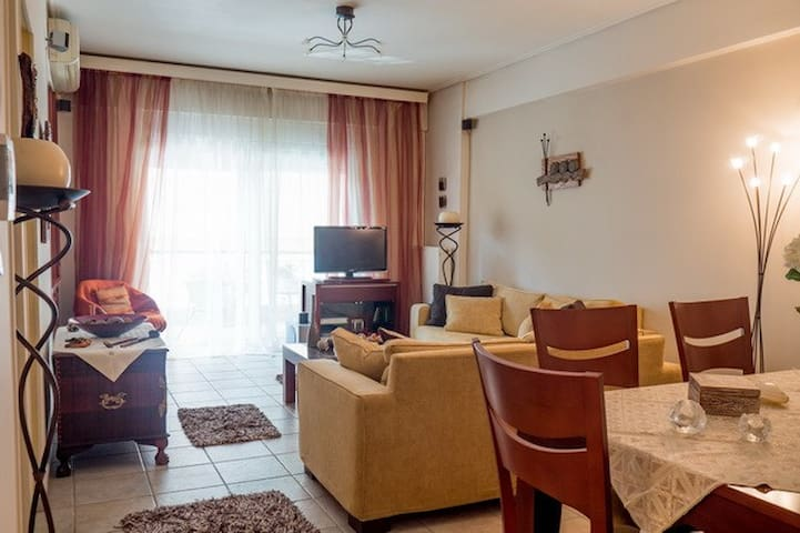 Cosy and sunny appartment in Volos.