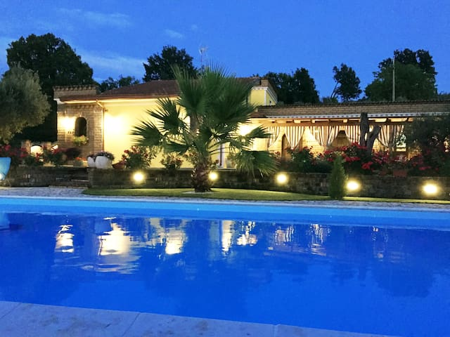 VILLA PANORAMICA, PISCINA PRIVATA...