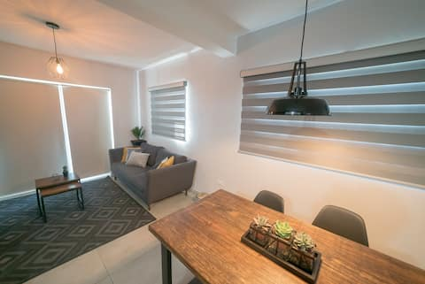 Centrally located apartment near the US border