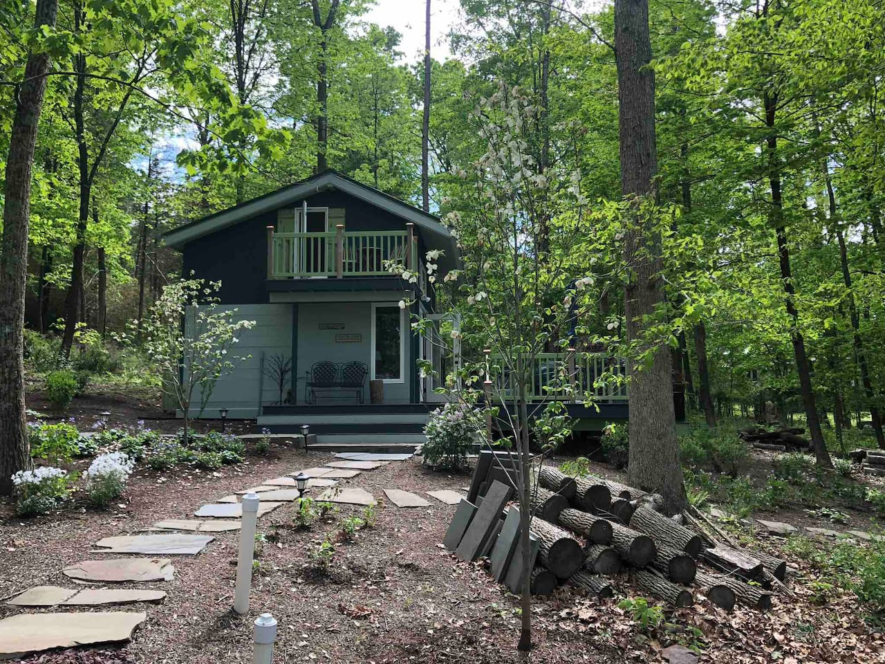 Tiny House: Sweet Escape, Bucks County, PA