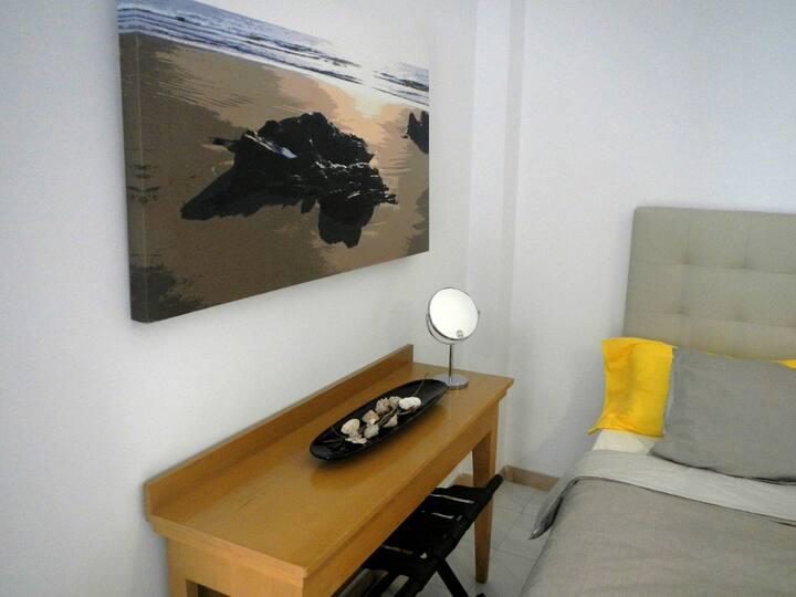 Papagayo Doble rooms near Beach Reducto
